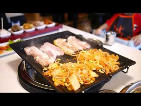 韓國烤肉第一品牌進駐板橋囉!吃烤肉當然要吃八種口味的韓式烤肉呀!附烤肉影音 八色烤肉 板橋三號店 新 ...