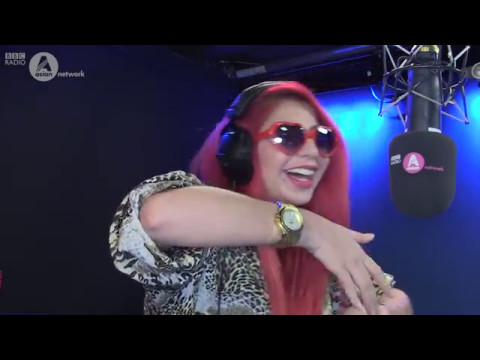 Tommy Sandhu: Desioke with Jasmine Sandlas