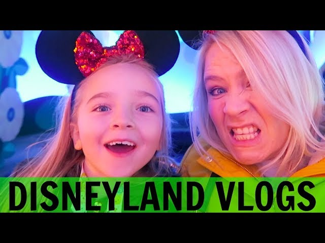 DISNEYLAND PARIS VLOGS 4: A Birthday In Disneyland Paris!