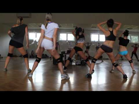 Wiggle by Jason Derulo / Twerk choreography / by Martina Panochová