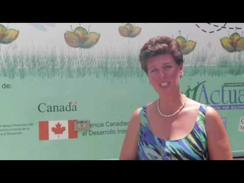 Minister Bibeau speaks about her visit to a youth centre in Cartagena, Colombia