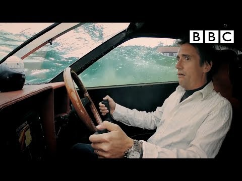 James Bond style Lotus drives underwater | Top Gear - BBC