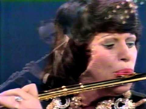 Kaye Ballard plays flute with Henry Mancini - 1972