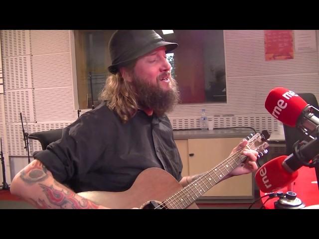 Tim Holehouse - 'Sleep' live at Radio 3