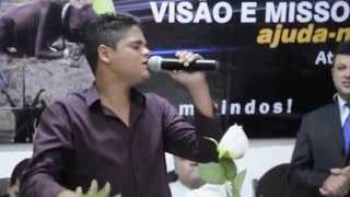 Isac Santos louvando em Franca/SP (Fiel a mim)  emocionou muita gente ...