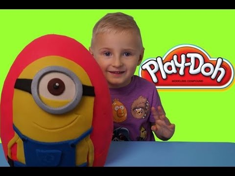 minions-giant-surprise-egg-made-of-play-doh-minions-toys.-blue-orange
