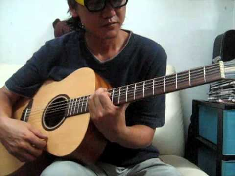 Tuning C#m7add9  fingerstyle