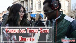 İtalya'daki İnsanlara Türkçe Şarkı Dinlettim! (Altyazılı)