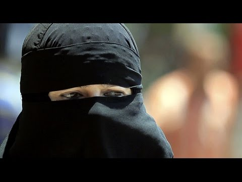 First Fines: Burqa ban comes into force in Switzerland