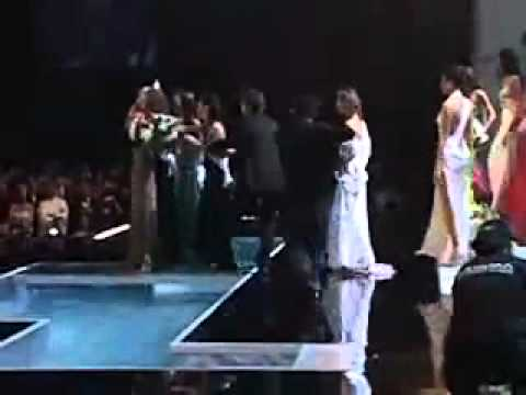 Backstage Miss Universe 2004 Crowning Moment Jennifer Hawkins