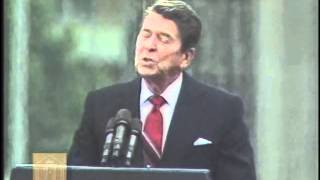 "Reagan asks Gorbachev to ""Tear Down This Wall"""