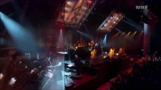 Dimmu Borgir - Xibir, Born Treacherous & Gateways - Live at Oslo Spektrum 2011.wmv