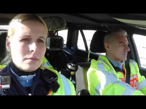 Die Autobahnpolizei [Doku]