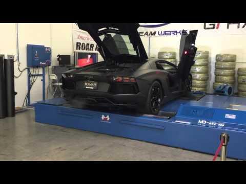 Lamborghini Aventador warming up for dyno run