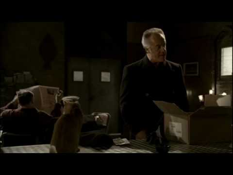Paulie & the Cat - The Sopranos (HD)