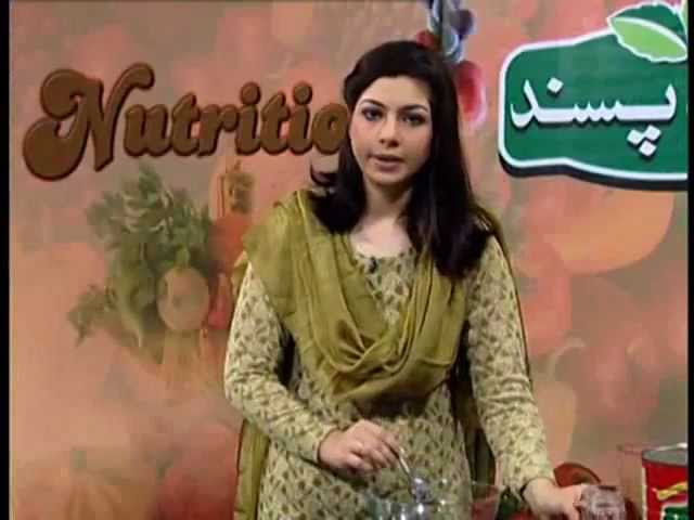 Nutritions with Madiha Kiyani Episode#16 Spring Tomatoes Sweet Salad at Zaiqa Tv Show (25)