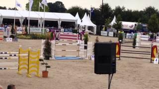 Cara Frew & Leopold Pierreville.            Ommen CSI 3*.        1.55m  GP Qualifier