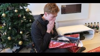 SURPRISING MY FRIENDS AND FAMILY ON CHRISTMAS - Oli White (RUS SUB)