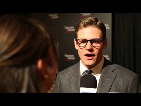 Zach Roerig Red Carpet Interview - YouTube
