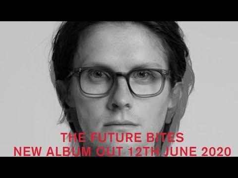 "Steven Wilson releases new song ""Personal Shopper"" off new album ""The Future Bites"""
