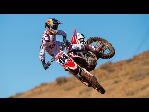 Racer X Team Honda HRC 2017 with Ken Roczen & Cole Seely