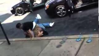 (STREET FIGHT) PELEA CALLEJERA 2 HOMBRES PELEANDO EN LA CALLE