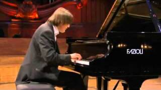 Chopin Competition 2010 - Daniil Trifonov - Valse op18 in E Flat major