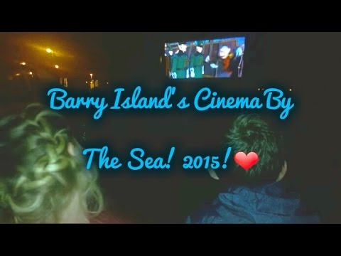 Barry Island's Cinema by the sea 2015! ❤