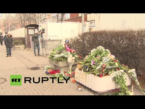 LIVE: Mourners lay flowers and candles at French embassy in Moscow after Paris terror attacks