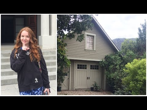 Warner Brothers Studio Tour part 1 - Pretty Little Liars, Friends, Big Bang Theory, La La Land Sets!