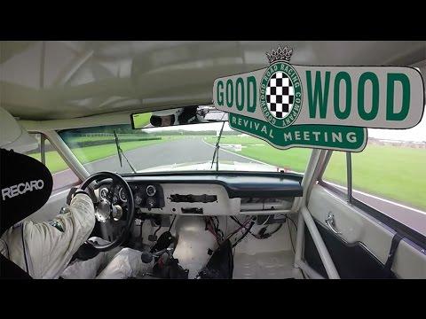 Wild 550hp Ford Fairlane Thunderbolt laps Goodwood