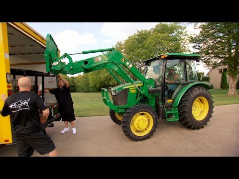 Borrowing Jason Aldean's Big Green Tractor
