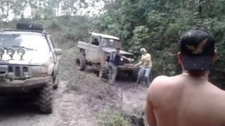 jeep clube de arapongas na trilha de faxinal
