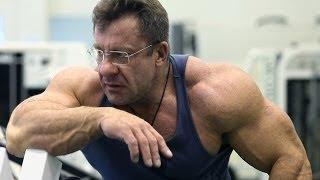 Николай Ясиновский, тренировка мышц груди и трицепса