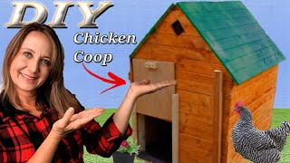 DIY Medium Sized Backyard Chicken Coop - Simple & Easy