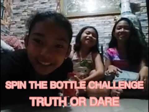 SPIN THE BOTTLE CHALLENGE with TRUTH or DARE (ft. Maria and Maxene)
