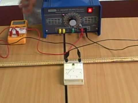 How does the thickness of a wire affect its resistance