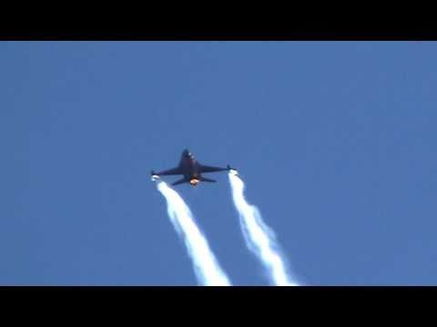 Airforce F16  Falcon  counter measure deployment