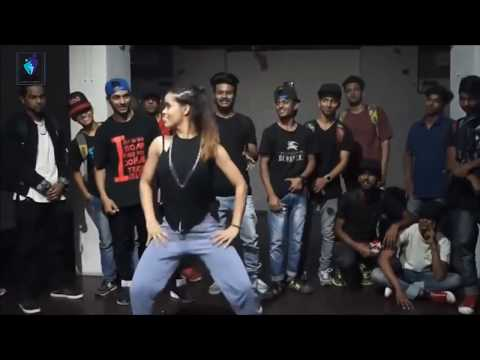 Ek Uncha Lamba Kab Bollywood Movie Welcome Songs Dance Performance & Choreography By Ditto