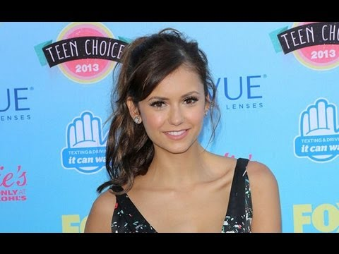 who's dating with nina dobrev now