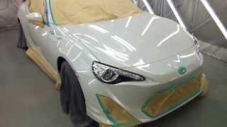 八王子市よりご来店 トヨタ 86 新車のボディー磨き&ウェルムガラスコーティング施工です。【板金塗装なら東京立川市のガレージローライド】 thumbnail