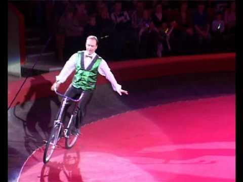 Circus Act- Free Bike Cancan- Alexandr Vitkovskiy