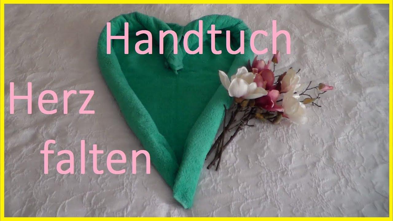 handtuch falten herz handt cher dekorativ falten wie im hotel towel fold heart serviette fold. Black Bedroom Furniture Sets. Home Design Ideas