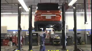 What a Honda Service Center is like--Unicars Honda(Please visit our Facebook page at www.facebook.com/unicarshonda. A short video on Unicars Honda's Service Center. We are located at 78-970 Varner Road, ..., 2011-09-29T23:04:20.000Z)