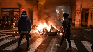 Protests and clashes in Italy over coronavirus restrictions
