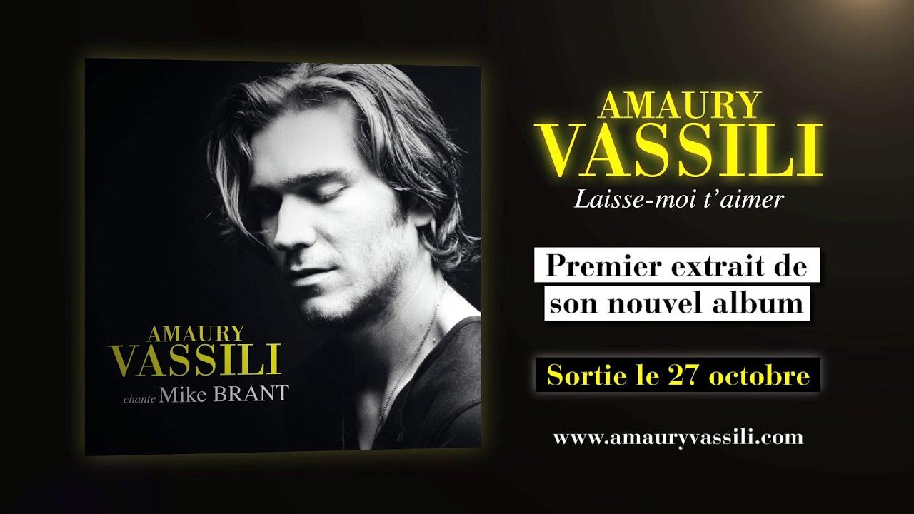 Amaury Vassili - Tout (Lyrics Video) - YouTube