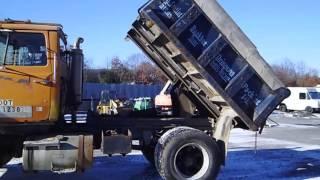 1985 Ford 9000 Dump Truck - TRO 0116161