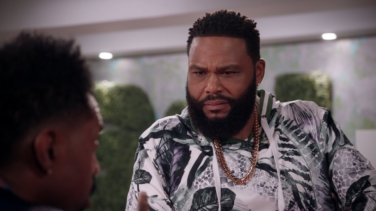 Download Charlie Tells Dre He's Becoming Irrelevant - black-ish