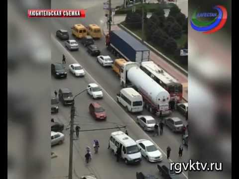 Серьезная авария в Махачкале. Один человек погиб