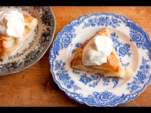 How to Make Easy Homemade Pie Crust and a Rustic Pear Galette | Muy Bueno